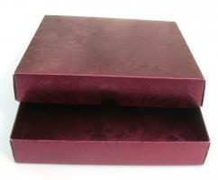 Stülpdeckel-Box quadr. 16,4x16,4 cm Höhe 3 cm